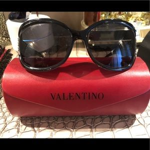 Valentino Sunglasses 😎